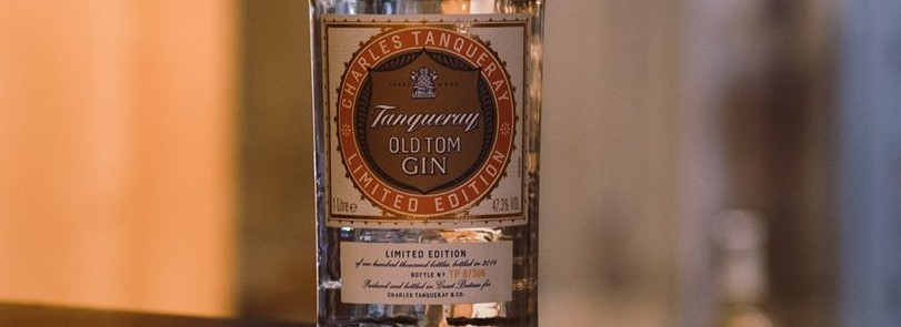 Tanquery old tom gin